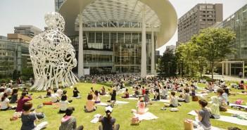 Tranomon Hillls autumn-sky yoga studio (2 Oct – 13 Nov 2016) (amuzen article)