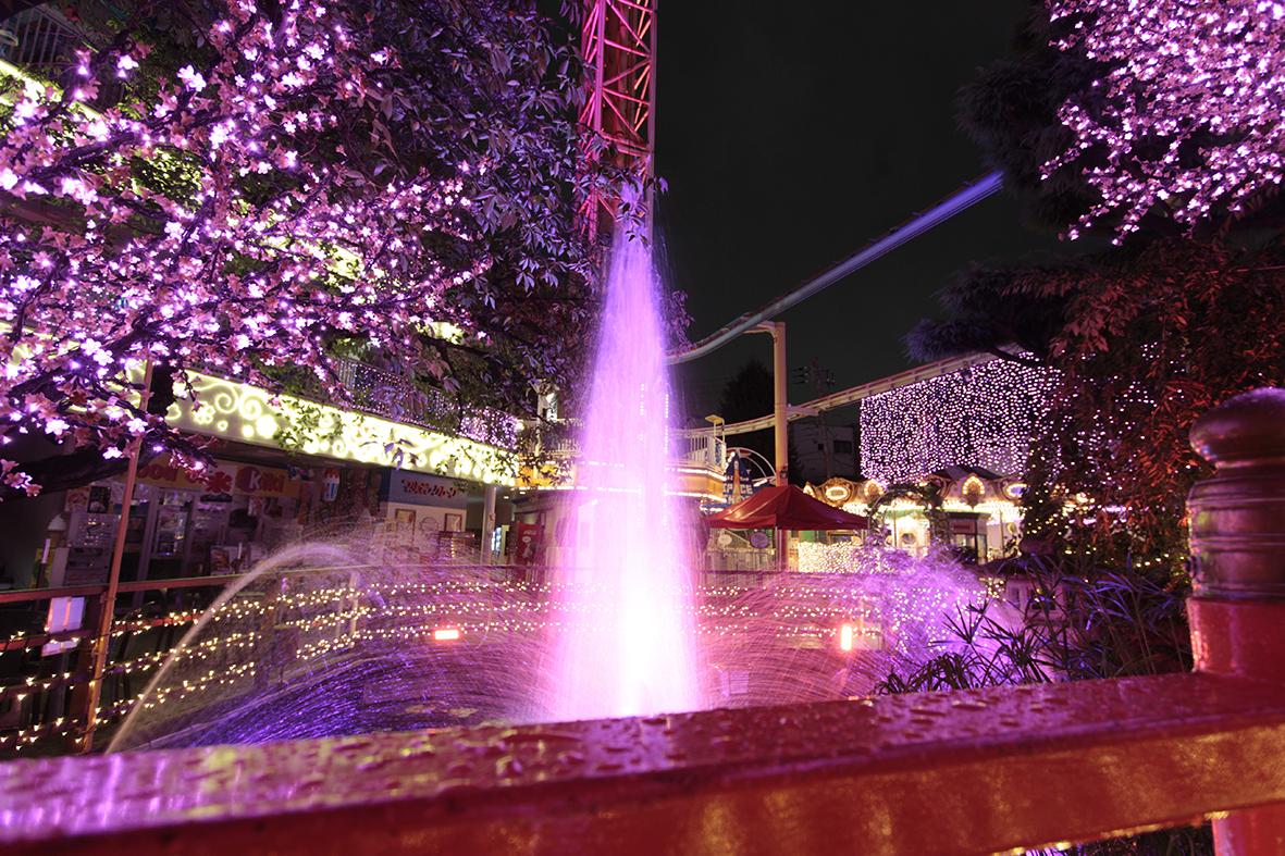 Illuminated countdown to 2017 at Hanayashiki (amuzen article)