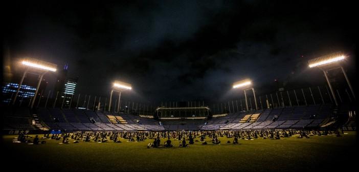JINGU STADIUM NIGHT YOGA 2017 (amuzen article)