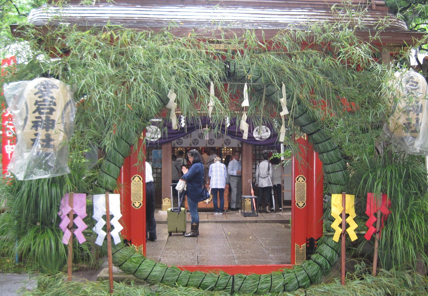 1000-day worship & physalis market at Atago Shrine 2017 (amuzen article)