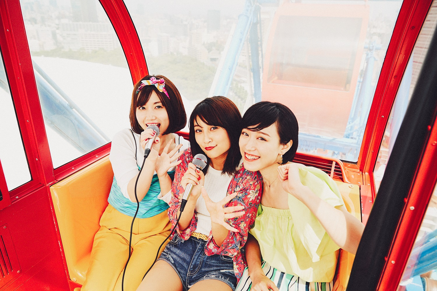 Karaoke Ferris Wheel at Tokyo Dome City Attractions (amuzen articles)
