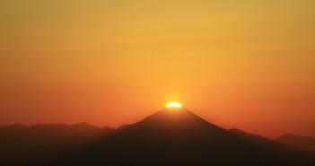 "amuzen ""Super Moon & Diamond Fuji at SKY CIRCUS Sunshine 60 Observatory"""